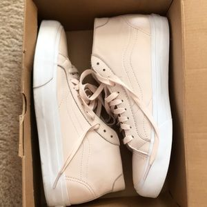 Light Pink leather mid top Vans size 9.5